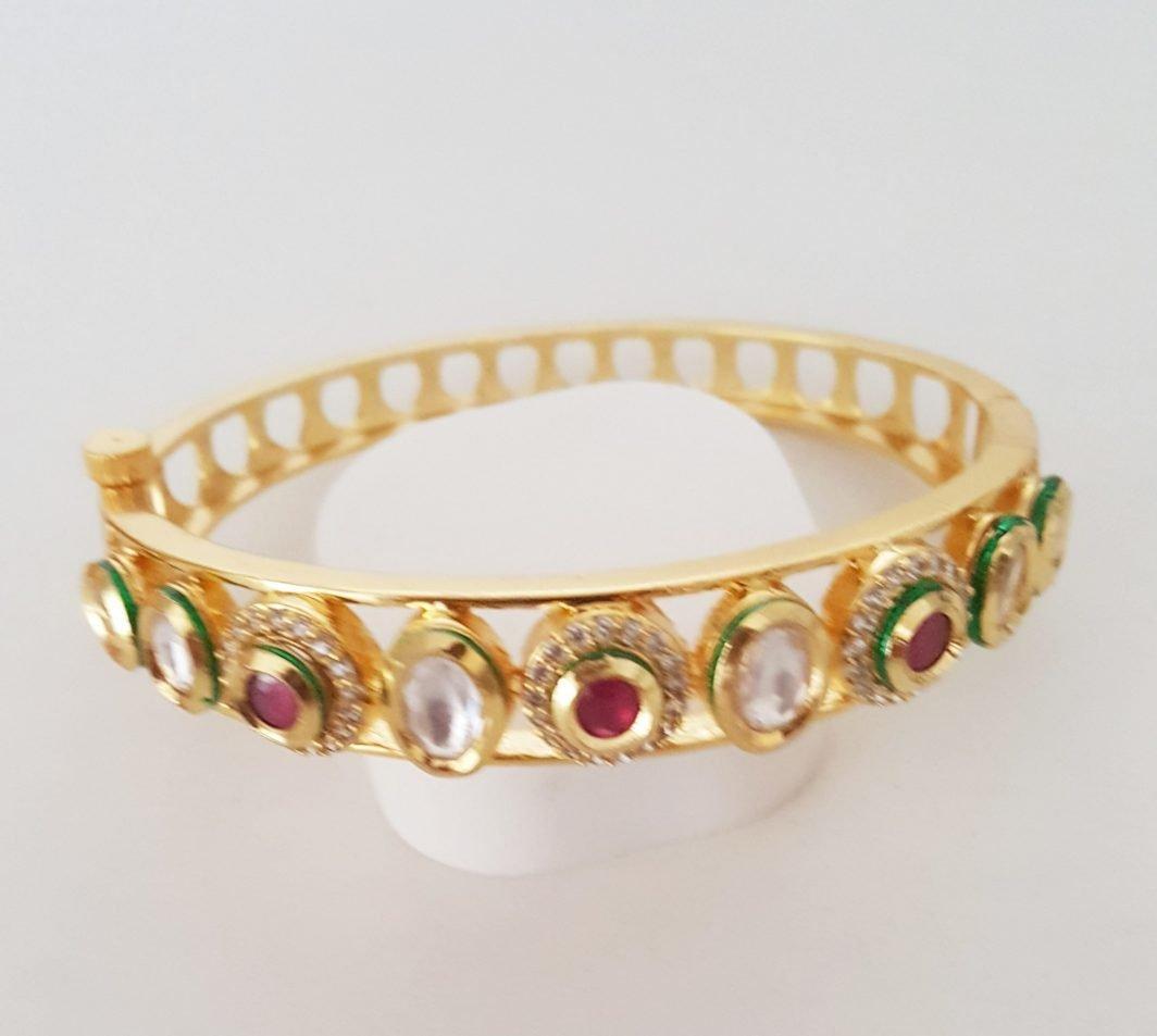 Stylish Sleek Design Bracelet