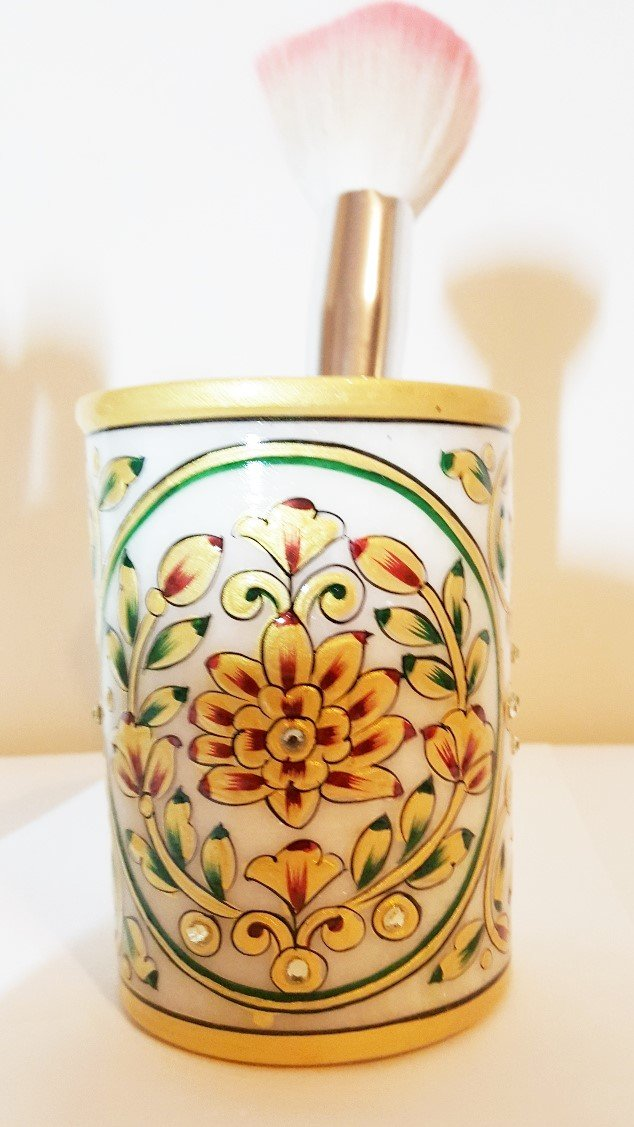 Fine Art work Golden Embossed Painted Marble stone Pen Pot round floral