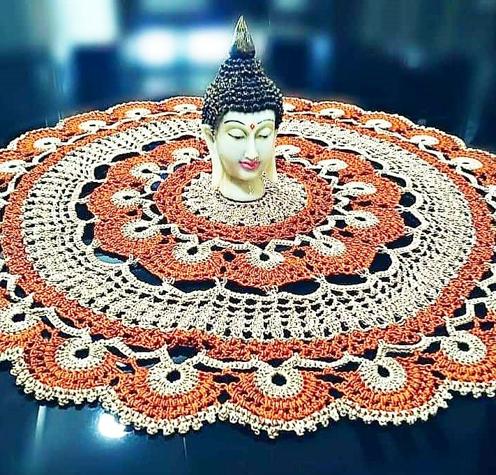 Decorate your table mat with Buddha Head Figurine