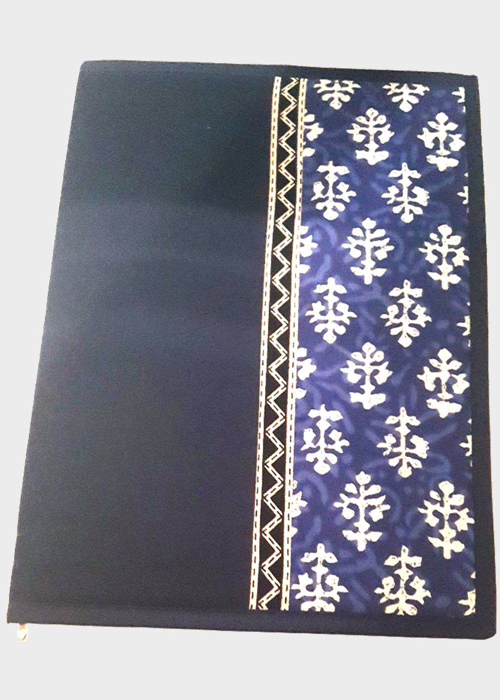 Hand block printed Indigo (Bagru) file folder Blue - Vertical Pattern