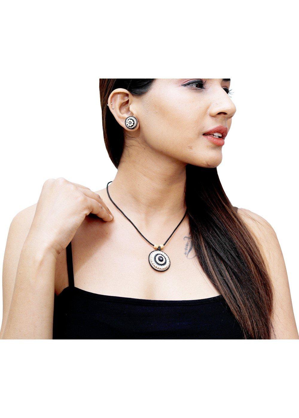 Jute Necklace Black